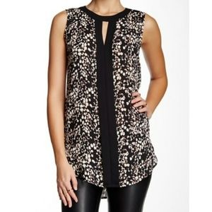 Vince Camuto Sleeveless Placket Front Tunic Top